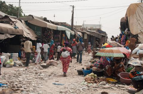 Port de pêche et marché de Mbour - Image 1